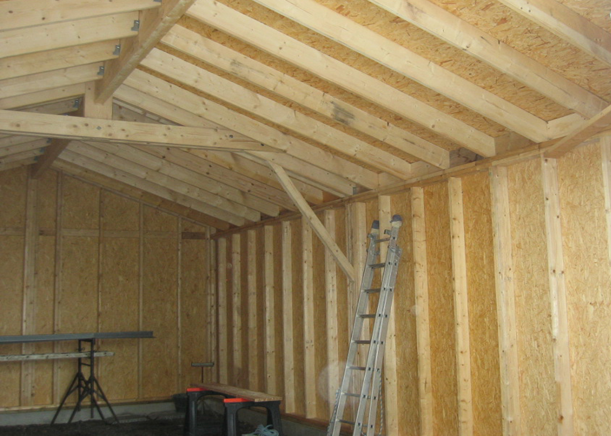 Photo realisation menuiserie amm belleville sur vie for Garage en bois en solde