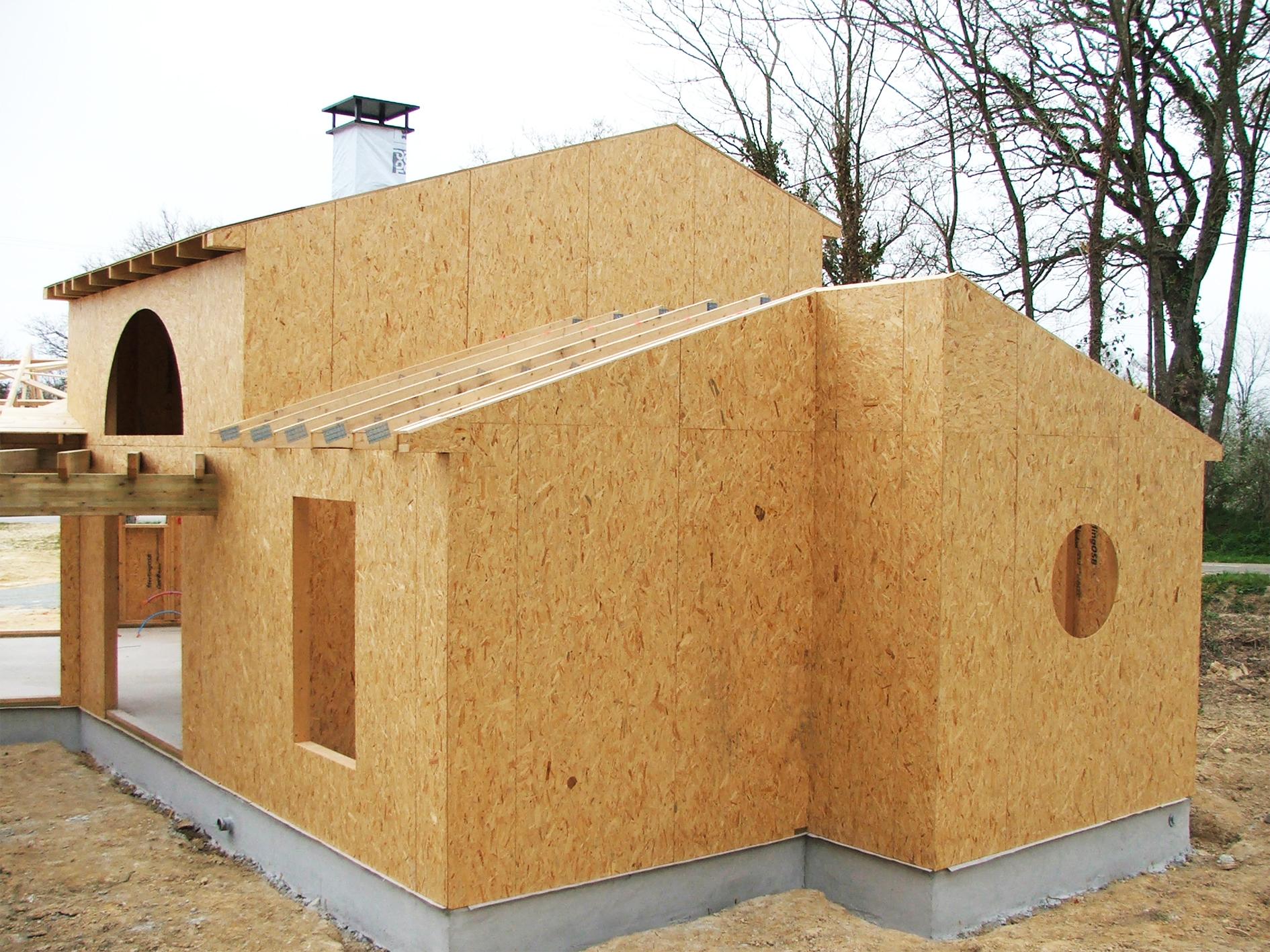 amm agencement menuiserie morineau belleville sur vie pose de fermette maison ossature bois